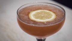Billionaire Cocktail. Beitragsbild. © Le Lion - Swetlana Holz.
