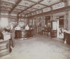 Hoffman House Hotel, Bar, circa 1898.