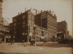 Rector's, around 1909.